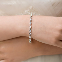 'Wiley' Delicate Bridal Bracelet