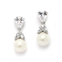 Moana_faux_pearl_earrings_chunky_elegant_classic_bridal_jewellery_bridesmaids_jewellery_wedding_accessories