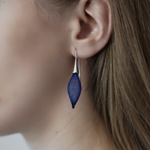 Épineuses Mixed Blue and Silver Drop Earrings
