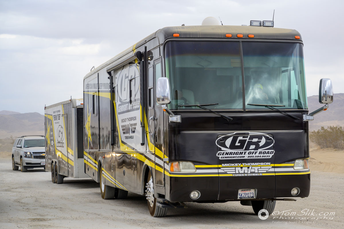 king-of-the-hammers-2020-rv-and-trailer.jpg