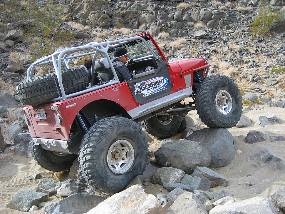 yj-on-aftershock-2009.jpg