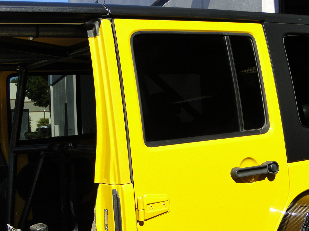 B-Pillar re-installed on the Jeep JK for use with full doors.