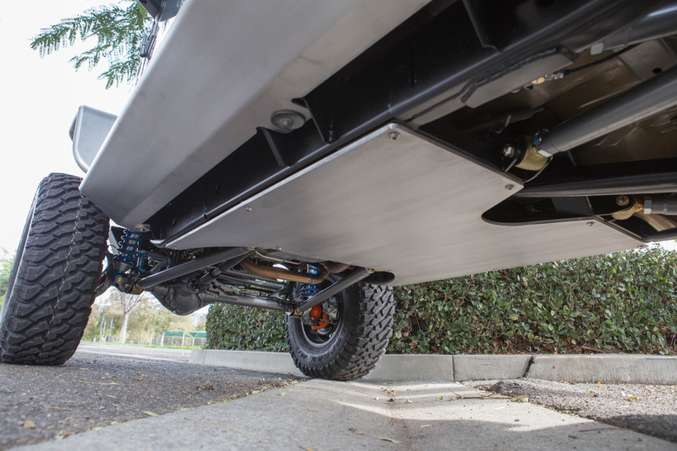 Jeep JK Flat Belly Kit installed (with 3 link front and 4 link rear).