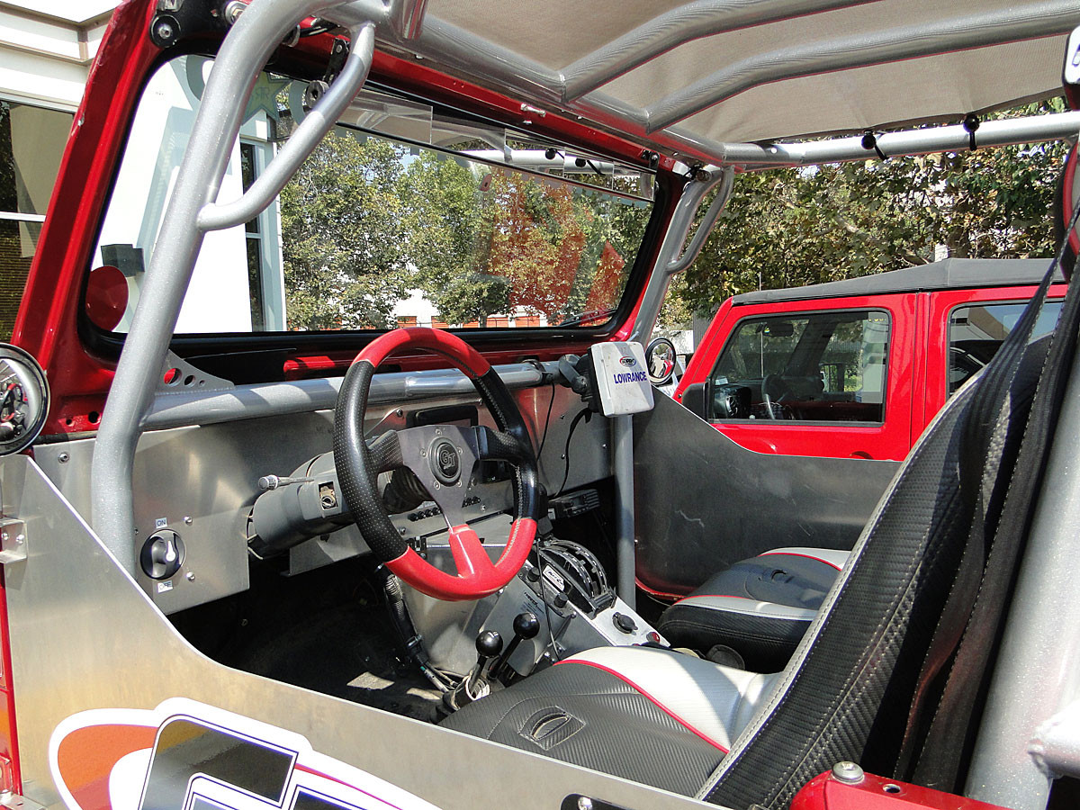 View of the YJ dash in the Growler from the drivers side.
