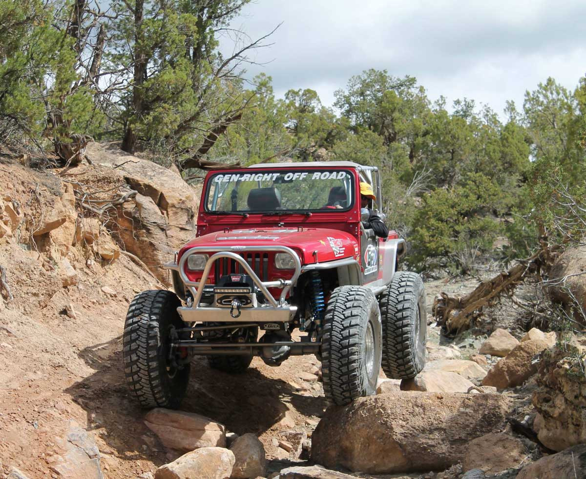 """4"""" wide EXT rear flare on the Growler YJ in Big Bear"""