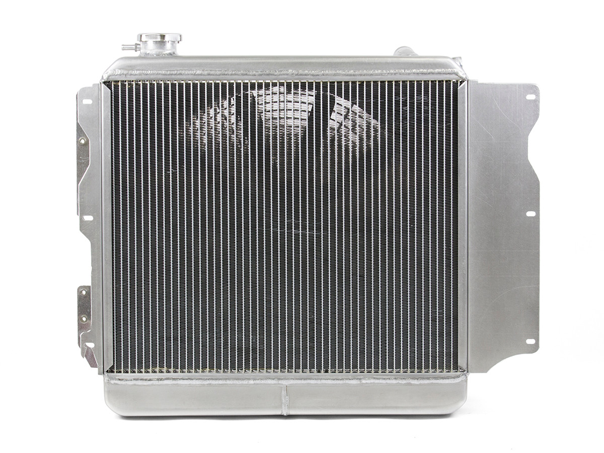 Front view of the Griffin Heavy Duty Jeep Radiator 1987 - 2006