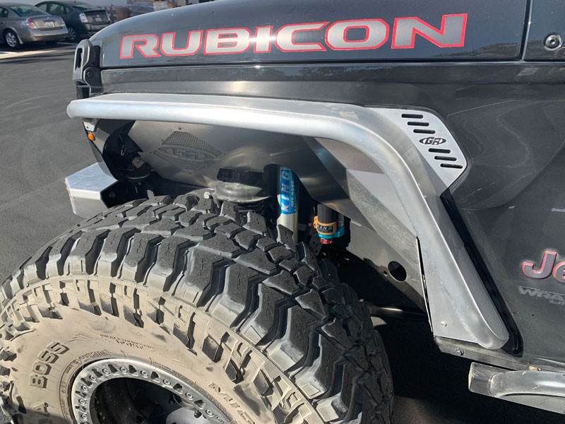 """Side view of the Jeep JL & JT Front Tube Fenders with a 40"""" tire"""