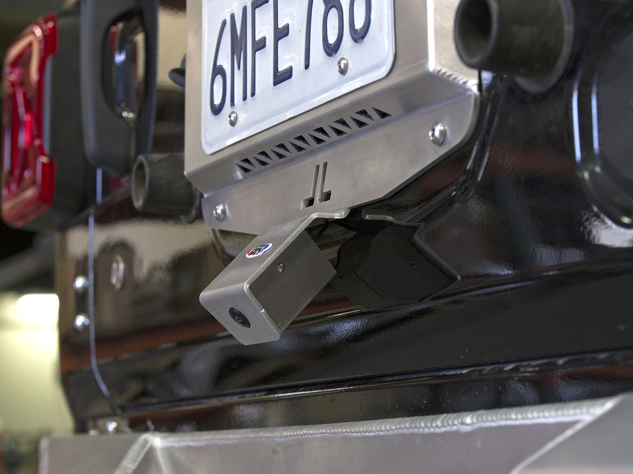 JL Rear view camera mount with GenRight tail gate plate (shown with optional tail gate plate)