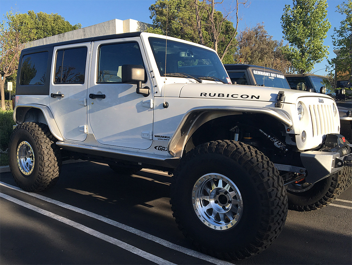 "The Jeep look looks good with 37"" tires and GenRight aluminum tube fenders"