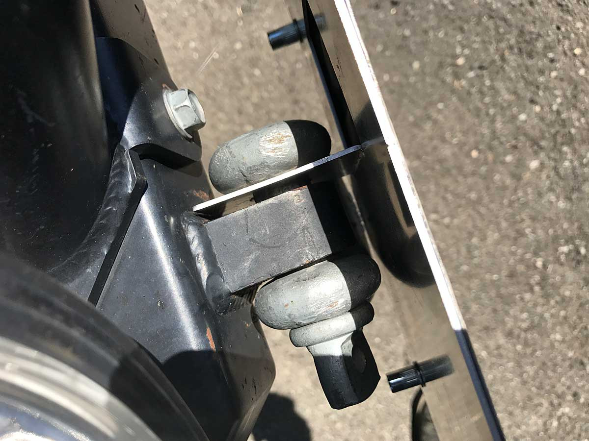 Easy to install on any D-ring mount!
