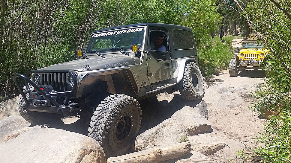 """4"""" wide Aluminum Rear Tube Fenders on a Andrew's Jeep LJ with 37"""" tires"""