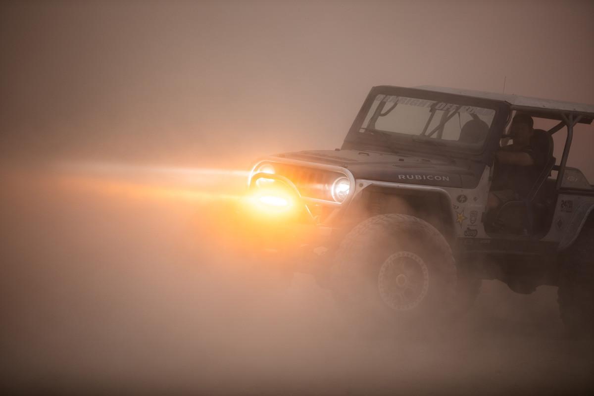 VX Shocker light bar in the dust