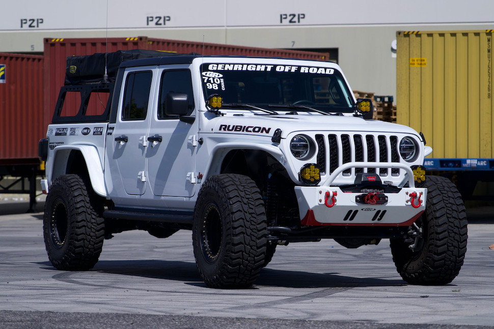 """GR rockers on Overland JT with 37"""" tires"""