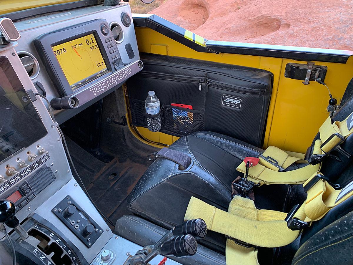 Front door bag installed on the inside of the Savvy Jeep JK door