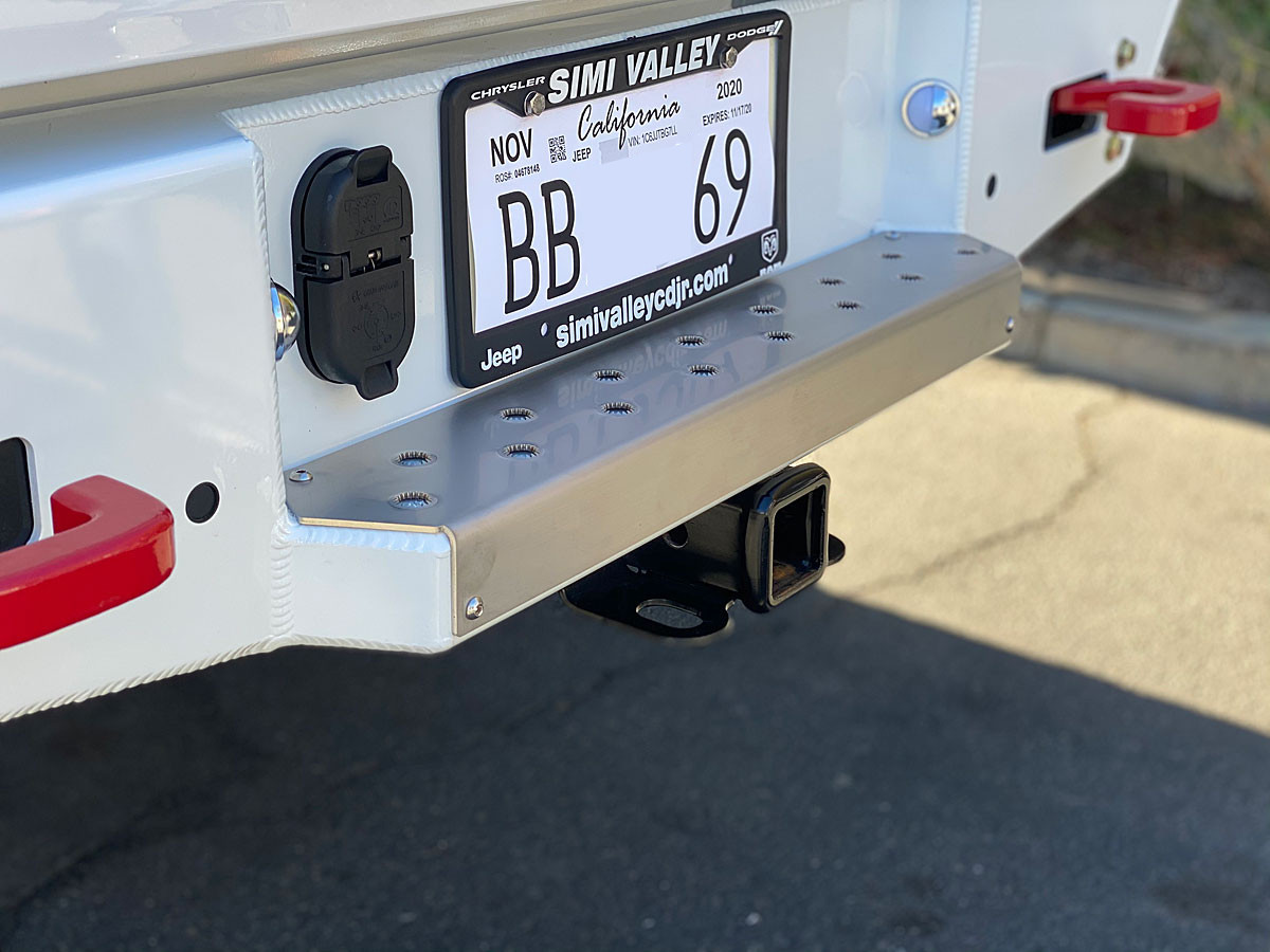GenRight's Step Cover Plate for Jeep Gladiator (JT) Rear Bumper