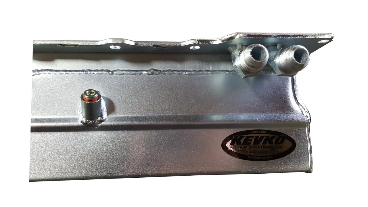 90 deg oil fittings on the Kevko Racing oil pan for the LS V8