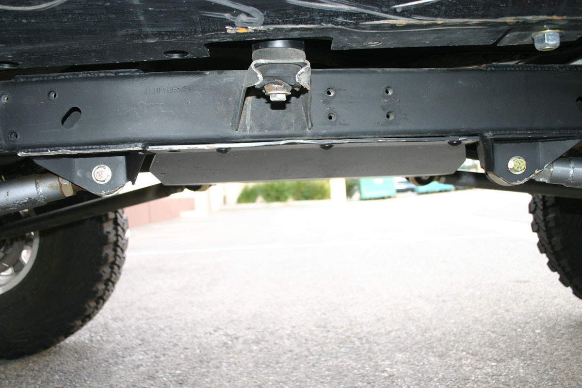 Here you can see how tucked up the skid plate is!
