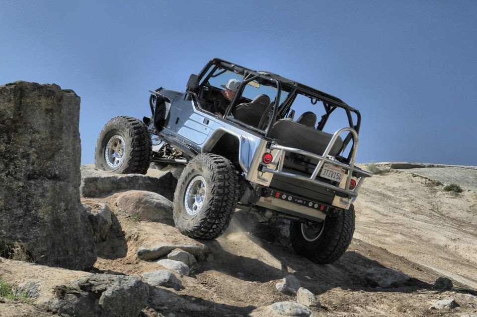 Shown here on the GenRight Bowtie TJ with optional aluminum skid plate