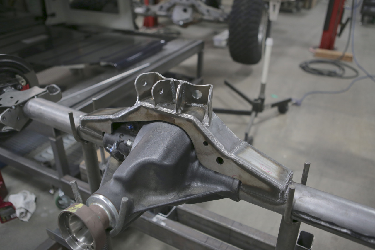 Front View of GenRight's Rear Axle Bridge for the Dana 44 Axle Housing