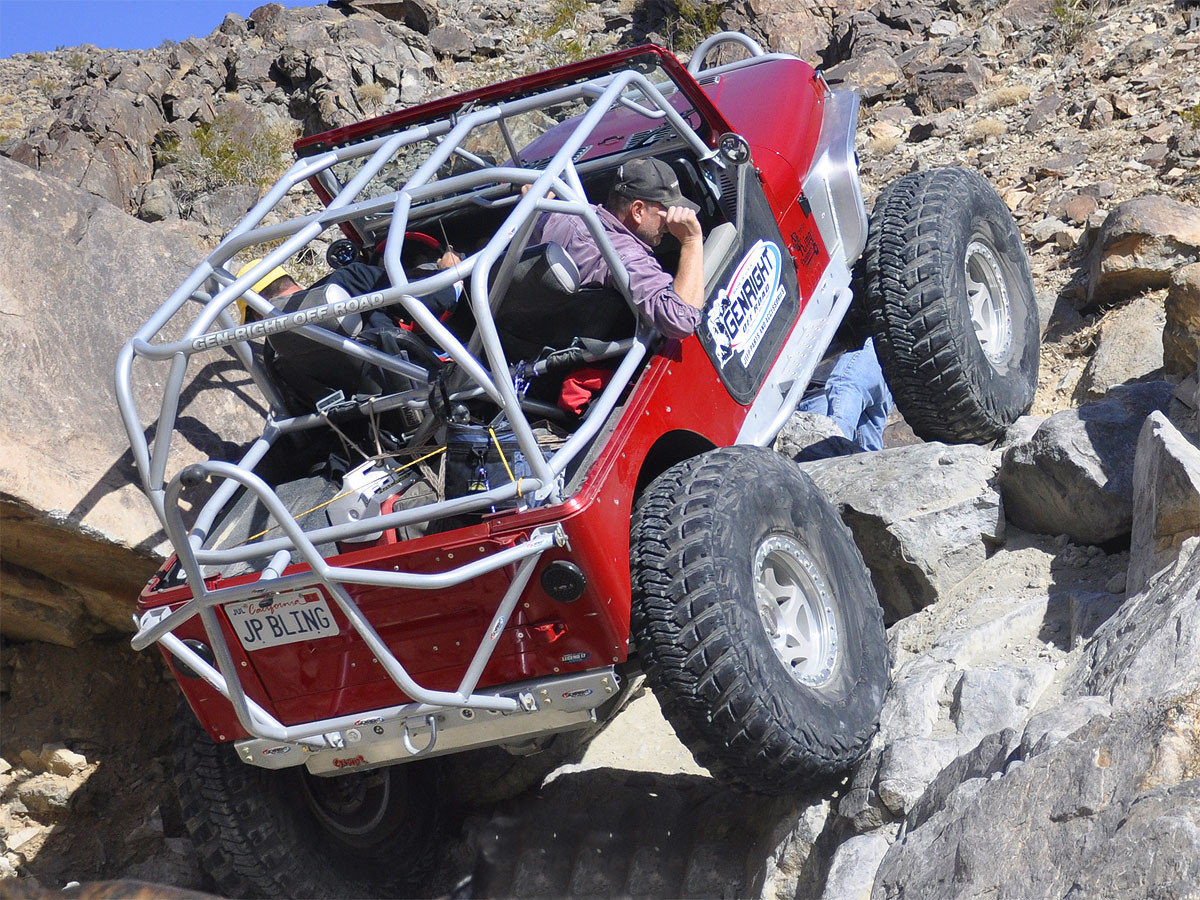 Tony used all the optional tubes on the roll cage in his Jeep YJ
