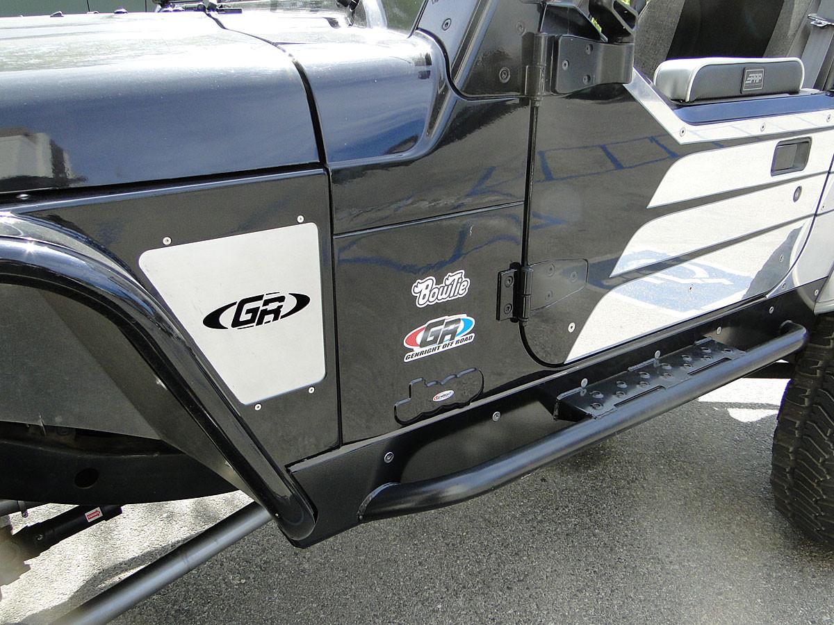 GenRight door armor on factory Jeep half door
