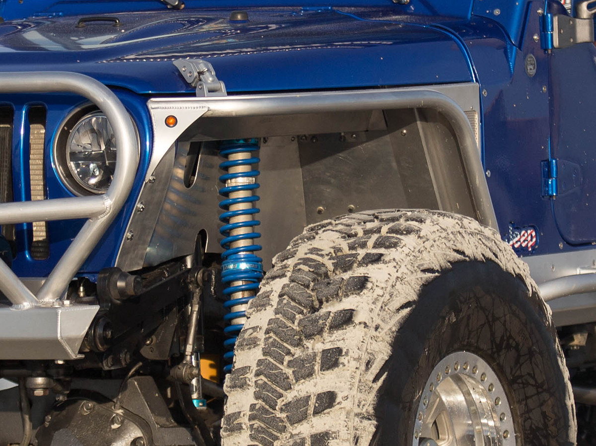 TJ/LJ Hi-Fender Inner Fender Kit shown here with coil over shocks
