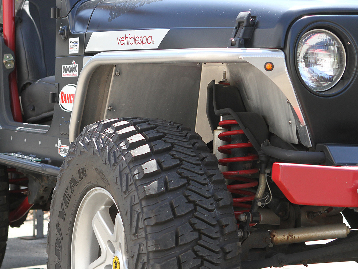 Shown here with standard height GenRight tube fenders and coil springs