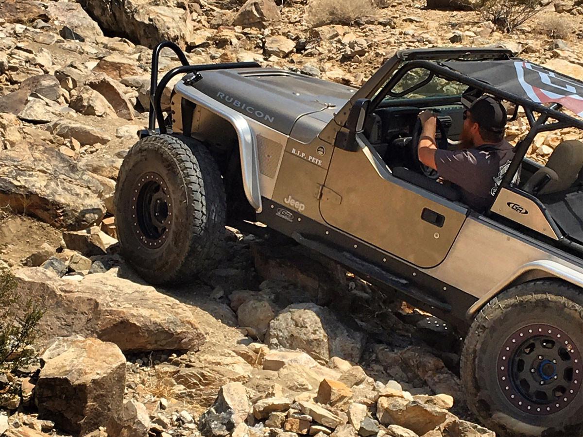 LJ Rock Sliders on Andrew's Jeep