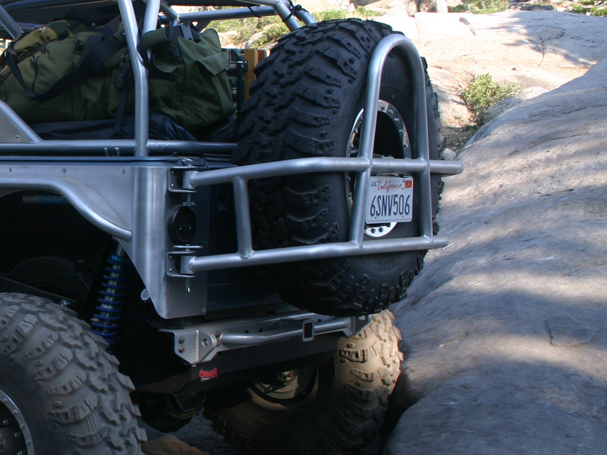 TJ/LJ Swing Out Rear Tire Carrier - Aluminum