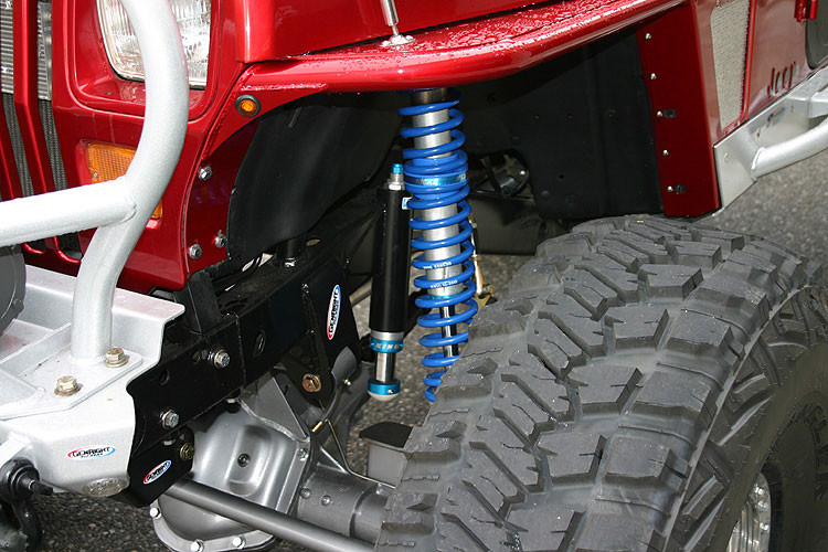 Jeep YJ Trac Bar Mount (Frame Side) Kit, shown here with optional side gussets.