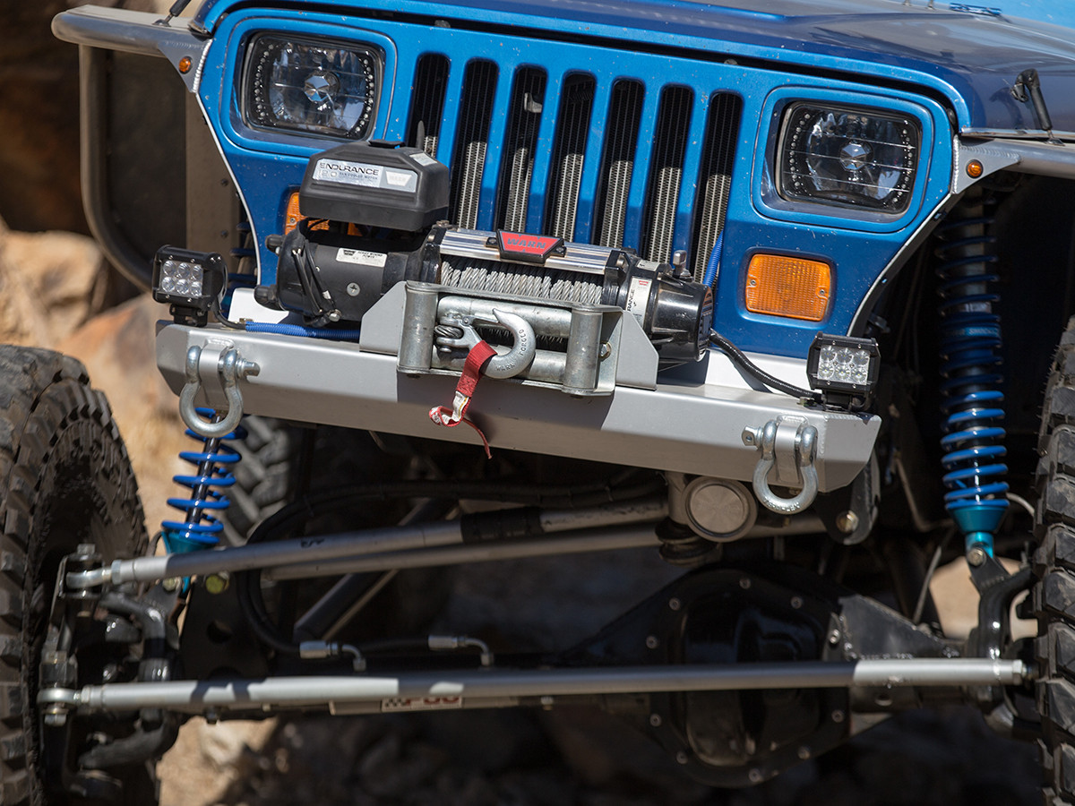 YJ Stubby Front Bumper Installed (stubby steel painted silver is pictured)