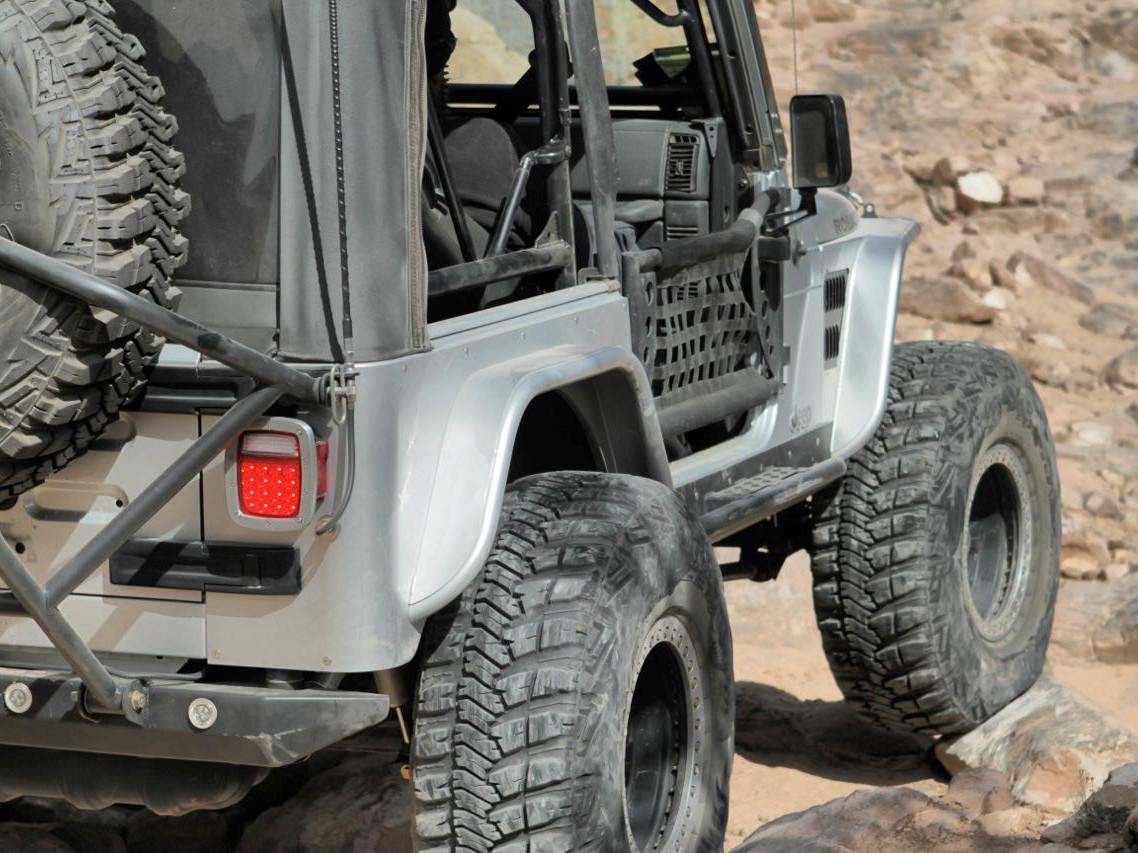 """Jeep TJ/LJ 4"""" Flare Front+Rear Fender Package - Steel"""