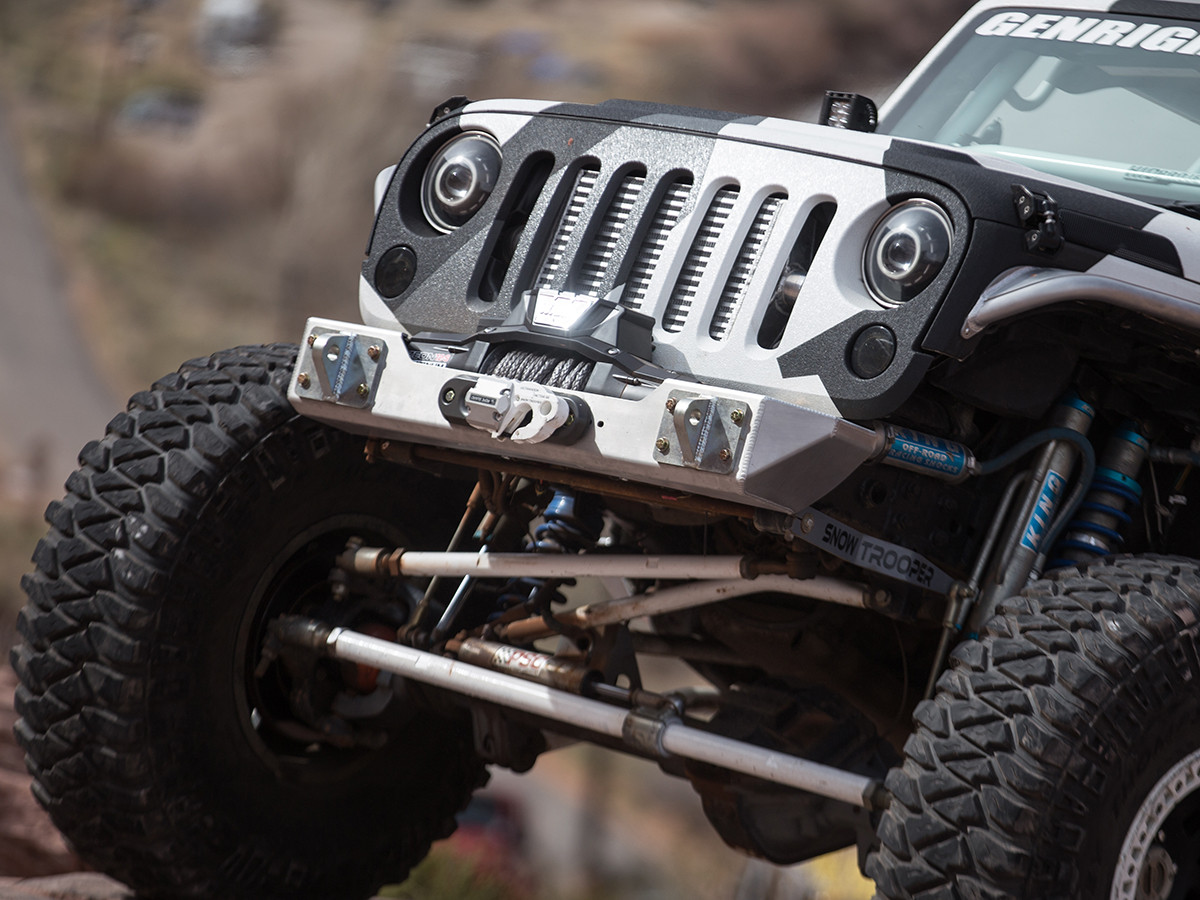FBB-8050 GenRight front Ultra stubby front bumper