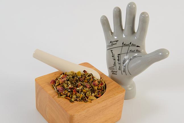 hands-tea-beans.jpg