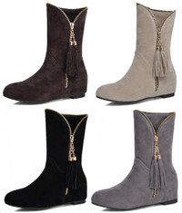 Mid Calf Tassel Decorated Flat Boots