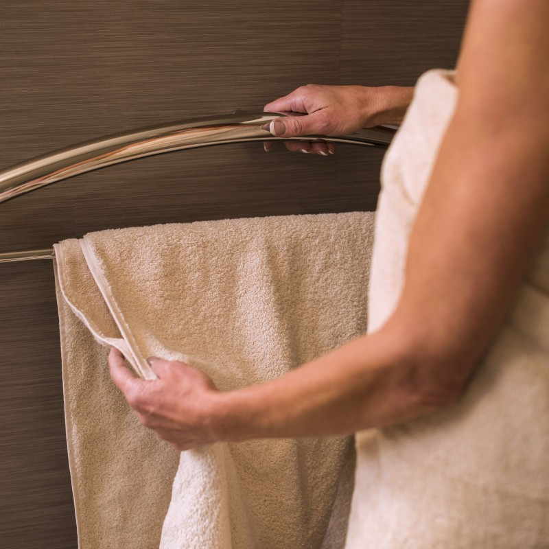 "Invisia | Towel Bar 24"" Polished Chrome Integrated support rail with a 500lbs capacity INV-TB24-CP"
