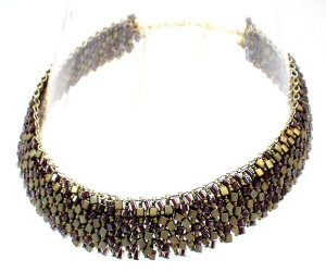 classes2etruscancollar.jpg