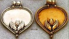 East Indian Metal Charm/Drop, Heart with leaves decoration, 40mm, silver plated, (4 pieces)