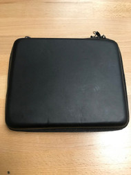 Nintendo 2DS Rubberized Carrying Case Holds 8 Game Cartridges For DS - EE740713