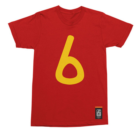 Football Fashion - Spain Retro World Cup Iniesta T-Shirt - Red