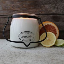 A lively blend of fresh citrus, juicy melon, cane sugar, and a hint of lemon zest. Inspired by Italy's favorite Limoncello beverage.