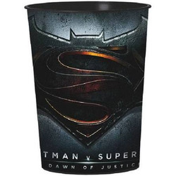 Batman vs. Superman? Favor Cup