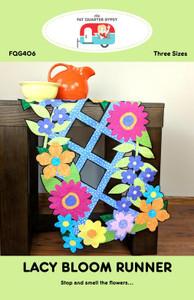 "Lacy  Bloom 36"" Table Runner Kit 3"