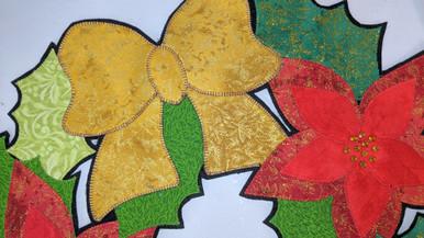 Fabrics in Kit - Lattice matches the Bow