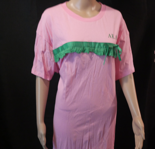AKA COMFORTABLE NIGHT SHIRT SIZES 2XL, 3XL, 4 XL,  THIS IS A NICE LOOSE GOWN