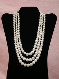 3 STRANDS WHITE PEARLS