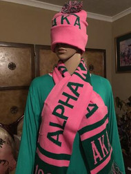 AKA HAT AND SCARF SET