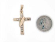 Colgante Diamantado De Estilo Cruz Con Circonita Blanca En Oro Amarillo (OM#1402)