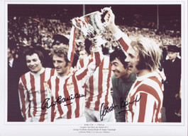 Stoke City V Chelsea - League Cup Final 1972 Superb signed picture showing George Eastham, Gordon Banks & Jimmy Greenhoff celebrating Stoke's 2-1 win over Chelsea.