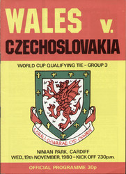 original Official programme for the world Cup Qualifying match Wales V Czechoslovakia played on 19 November 1980 at Ninian Park, Cardiff.